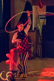 twin Hula Hooping in Nanaimo